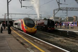 Old and new expresses at Stockport