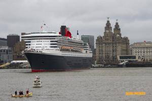 Queen Mary 2 and the Liver Building