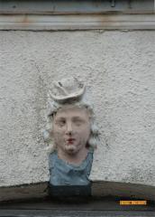 Head #3